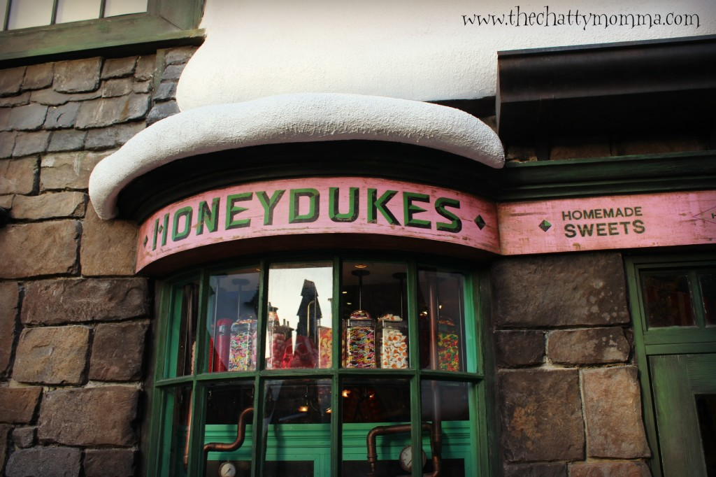 The Chatty Momma Harry Potter Celebration Universal Orlando HoneyDukes 1 #HPCelebration