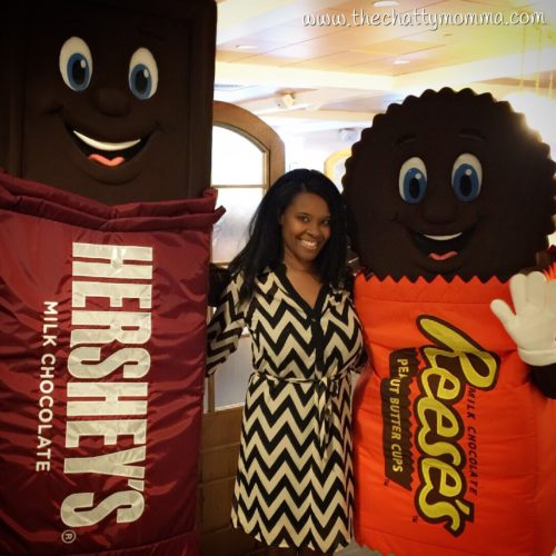 The Chatty Momma Hersheypark Vacation Planning Character Visit