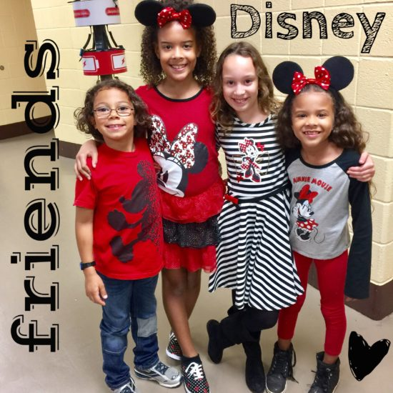 The Chatty Momma Disney on Ice Presents Dare to Dream - Disney Friends
