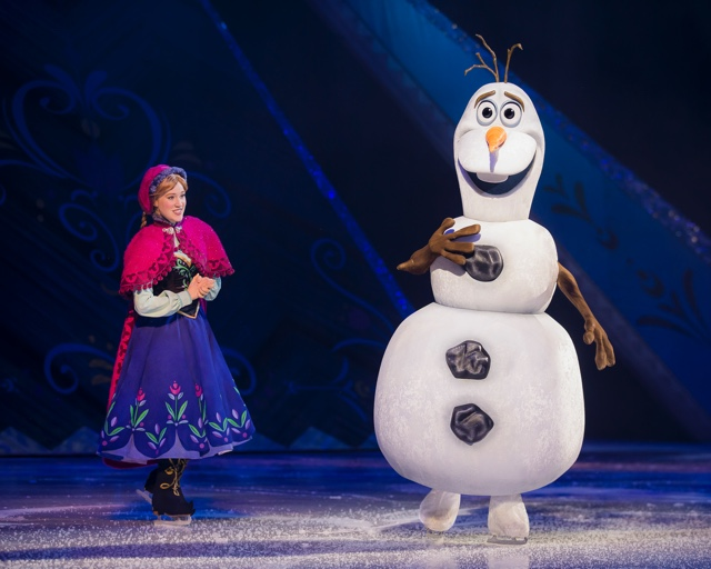 The Chatty Momma Disney on Ice Presents Frozen - Anna and Olaf